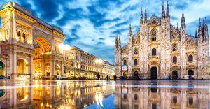 Journalising in Milan, Italy